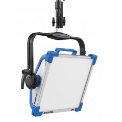 Arri - L0.0007712 - SKYPANEL S30-C MANUAL - BLUE-SILVER - SCHUKO from ARRI with reference L0.0007712 at the low price of 3128. P
