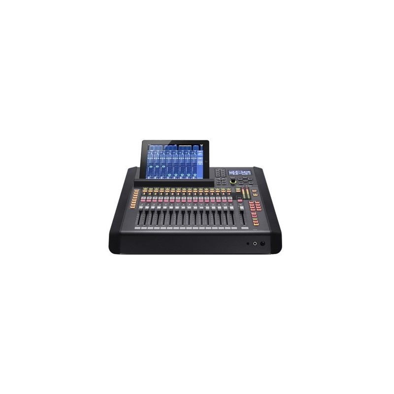 M-200I – 32 CHANNELS LIVE MIXING CONSOLE